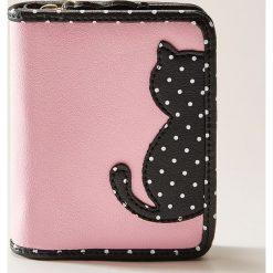 Portfele damskie: Portfel z kotem - Różowy