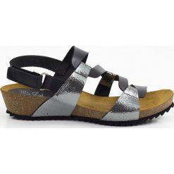 Rzymianki damskie: Skórzane sandały w kolorze czarno-srebrnym