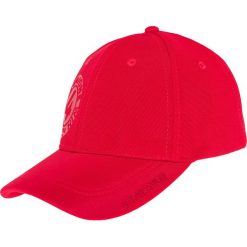 Czapka męska CAM200 - czerwony. Czerwone czapki męskie 4f, z nadrukiem, z materiału. Za 29,99 zł.
