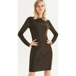 Dopasowana sukienka - Złoty. Żółte sukienki marki Mohito, l, z dzianiny. Za 49,99 zł.