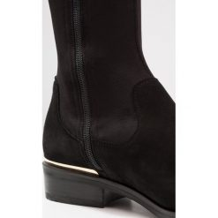 Dune London TAIYA Muszkieterki black. Czarne buty zimowe damskie Dune London, z materiału. W wyprzedaży za 558,35 zł.