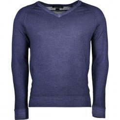 Sweter w kolorze niebieskim. Niebieskie swetry klasyczne męskie marki GALVANNI, l, z okrągłym kołnierzem. W wyprzedaży za 669,95 zł.