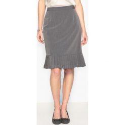 Spódniczki ołówkowe: Prosta spódnica, serża ze stretchem