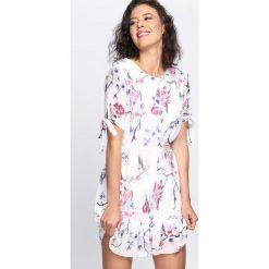 Sukienki: Biała Sukienka Summer Wind