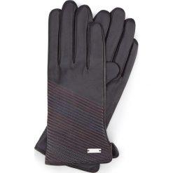 Rękawiczki damskie 39-6-567-1. Czarne rękawiczki damskie marki Wittchen, z polaru. Za 99,00 zł.