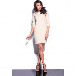 Beżowa Mini Sukienka z Kapturem. Brązowe długie sukienki Molly.pl, l, z bawełny, eleganckie, z dekoltem na plecach, z długim rękawem, proste. Za 89,99 zł.
