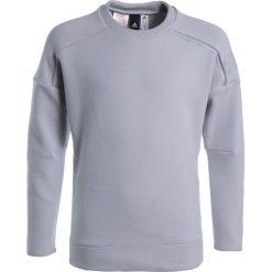Adidas Performance Bluza gretwo/gretwo. Szare bluzy dziewczęce marki adidas Performance, z bawełny. W wyprzedaży za 129,35 zł.