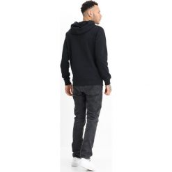Calvin Klein Jeans HAYO REGULAR HOOODIE POPOVER Bluza z kapturem black. Czarne bluzy męskie rozpinane marki Reserved, m, z kapturem. W wyprzedaży za 356,85 zł.