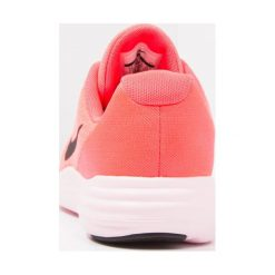 Nike Performance LUNARCONVERGE  Obuwie do biegania treningowe hot punch/black/solar red/white. Czarne buty sportowe chłopięce marki Nike Performance, l, z materiału, outdoorowe. Za 229,00 zł.
