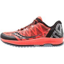 Saucony KOA TR Obuwie do biegania Szlak vizired/black. Czerwone buty do biegania męskie Saucony, z materiału. Za 589,00 zł.