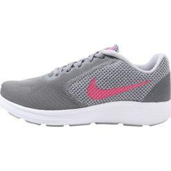 Buty do biegania damskie: Nike Performance REVOLUTION 3 Obuwie do biegania treningowe cool grey/deadly pink/wolf grey/white