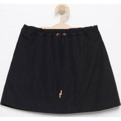 Spódniczki dziewczęce z falbankami: Spódnica z kieszeniami – Czarny