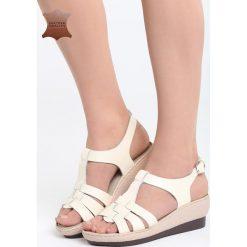 Beżowe Skórzane Sandały Creature Comforts. Brązowe sandały damskie marki Born2be, z materiału, na obcasie. Za 99,99 zł.
