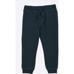 Blukids - Spodnie dziecięce 98-128 cm (2-pack). Szare spodnie chłopięce Blukids, z bawełny. W wyprzedaży za 59,90 zł.