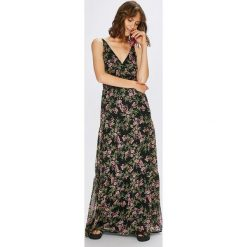 Vero Moda - Sukienka Kay. Szare długie sukienki Vero Moda, na co dzień, m, z poliesteru, casualowe, na ramiączkach, rozkloszowane. W wyprzedaży za 139,90 zł.