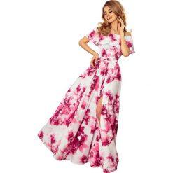 Różowa Kwiecista Maxi Sukienka z Hiszpańskim Dekoltem. Niebieskie długie sukienki marki bonprix, na spacer, na lato, w koronkowe wzory, z bawełny, dopasowane. Za 362,90 zł.