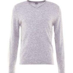 FTC Cashmere Sweter silver stone. Szare swetry klasyczne męskie FTC Cashmere, m, z kaszmiru. W wyprzedaży za 484,50 zł.