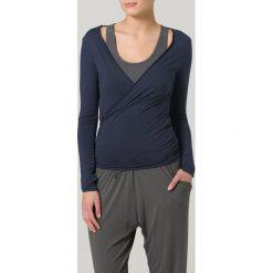 Curare Yogawear Bluzka z długim rękawem night blue. Niebieskie bluzki longsleeves Curare Yogawear, xl, z elastanu, sportowe. W wyprzedaży za 139,30 zł.