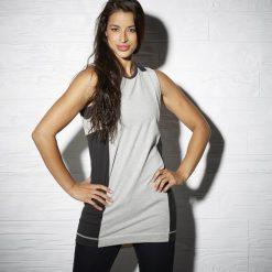 Sukienka Reebok DC Runner Tee Dress (AY0485). Brązowe sukienki hiszpanki Reebok, z bawełny. Za 99,99 zł.