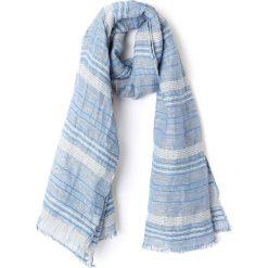 Chusta w paski. Niebieskie chusty damskie marki Esprit, w paski, z bawełny. Za 126,38 zł.