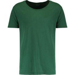 T-shirty męskie: Knowledge Cotton Apparel BASIC FIT ONECK Tshirt basic greener pastures