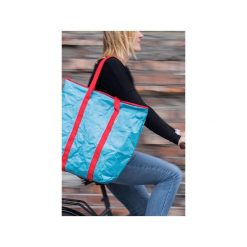 Duża turkusowa torba z Tyveku®. Niebieskie torebki klasyczne damskie Oneones creative studio, z nadrukiem, z materiału, duże, z nadrukiem. Za 149,00 zł.
