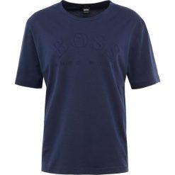 BOSS ATHLEISURE TALLONE Tshirt z nadrukiem navy. Niebieskie t-shirty męskie z nadrukiem marki BOSS Athleisure, m. Za 379,00 zł.