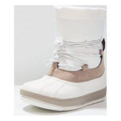 Fullstop. Śniegowce white. Szare buty zimowe damskie marki fullstop., z materiału. W wyprzedaży za 135,20 zł.