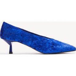 Czółenka: NA-KD Shoes Welurowe czółenka na niskim obcasie – Blue