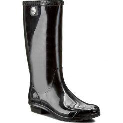 Kalosze UGG - W Shaye 1012350 W/Blk. Szare buty zimowe damskie marki Ugg, z materiału, z okrągłym noskiem. W wyprzedaży za 299,00 zł.
