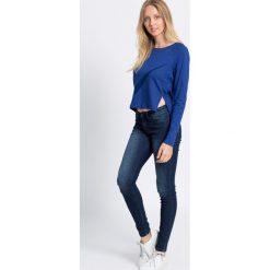 Nike - Bluza. Czarne bluzy sportowe damskie marki Cardio Bunny, s, z nadrukiem, z bawełny, bez kaptura. W wyprzedaży za 99,90 zł.