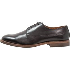 Zign Eleganckie buty black. Czarne buty wizytowe męskie Zign, z materiału. Za 379,00 zł.