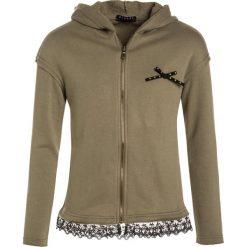 Sisley HOOD Bluza rozpinana khaki. Czarne bluzy dziewczęce rozpinane marki Sisley, l. W wyprzedaży za 135,20 zł.