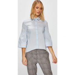 Trussardi Jeans - Koszula. Szare koszule jeansowe damskie marki Trussardi Jeans, s, casualowe, z klasycznym kołnierzykiem, z długim rękawem. W wyprzedaży za 299,90 zł.