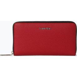 Calvin Klein - Portfel damski, czerwony. Czerwone portfele damskie marki Calvin Klein, ze skóry. Za 299,95 zł.