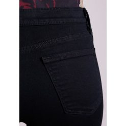 Boyfriendy damskie: J Brand Jeansy Slim Fit shadow black