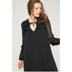 Answear - Sukienka Wild Nature. Szare długie sukienki marki ANSWEAR, na co dzień, l, z elastanu, casualowe, z długim rękawem. W wyprzedaży za 79,90 zł.