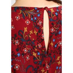 Długie sukienki: City Chic DRESS WINTER FOLK Długa sukienka dark red