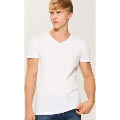 T-shirt basic - Biały. Białe t-shirty męskie marki House, l. Za 25,99 zł.