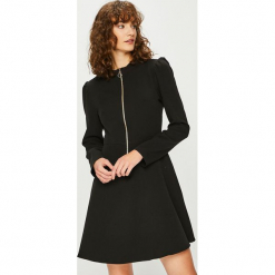 Trendyol - Sukienka. Szare sukienki dzianinowe marki Trendyol, na co dzień, casualowe, midi, dopasowane. Za 99,90 zł.