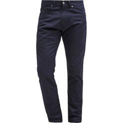 Spodnie męskie: Carhartt WIP VICIOUS PANT LAMAR Spodnie materiałowe navy