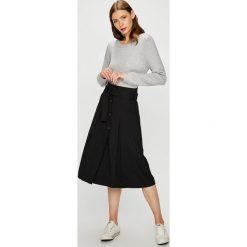 Trussardi Jeans - Spódnica. Szare spódniczki jeansowe Trussardi Jeans, z podwyższonym stanem, midi, rozkloszowane. Za 699,90 zł.