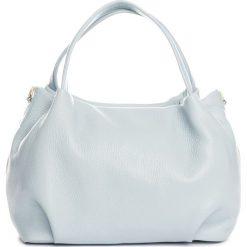 Torebki klasyczne damskie: Skórzana torebka w kolorze błękitnym – 28 x 25 x 18 cm