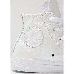 Converse CHUCK TAYLOR ALL STAR HI YOUTH Tenisówki i Trampki wysokie white. Białe trampki dziewczęce Converse, z materiału, retro. W wyprzedaży za 146,30 zł.