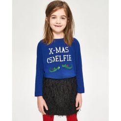 Koszulka ze świątecznym nadrukiem - Niebieski. Zielone bluzki dziewczęce marki Reserved, l, bez rękawów. W wyprzedaży za 9,99 zł.