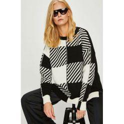 Trendyol - Sweter. Szare swetry oversize damskie Trendyol, l, z dzianiny, z okrągłym kołnierzem. Za 89,90 zł.