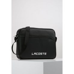 Lacoste Torba na ramię black. Czarne torby na laptopa Lacoste, na ramię, małe. W wyprzedaży za 295,20 zł.