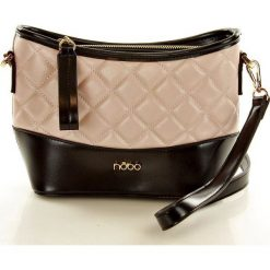 NOBO Elegancka torebka listonoszka różowy z czarnym. Czarne listonoszki damskie marki Nobo, w paski, ze skóry ekologicznej, na ramię. Za 149,00 zł.