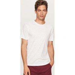 Koszulki męskie: T-shirt z drobnym nadrukiem – Biały