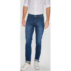Trussardi Jeans - Jeansy. Niebieskie jeansy męskie z dziurami marki Trussardi Jeans. W wyprzedaży za 379,90 zł.